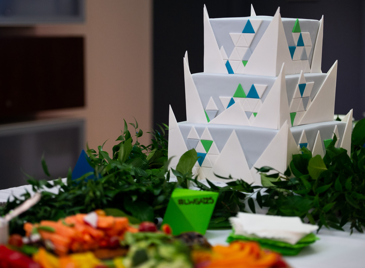 Graphic and architectural cake with triangles