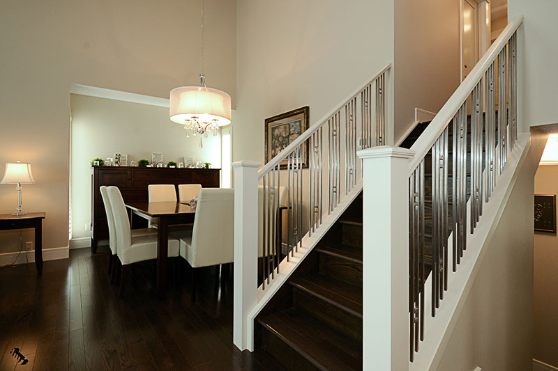 staircase-to-dining