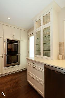 glass-cupboard