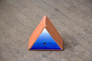 Kindberg_Terracotta Triangle 1_ 24x13cm_2019, Happy Hour