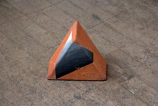 Kindberg_Terracotta Triangle 2_24x13cm_2019, Happy Hour