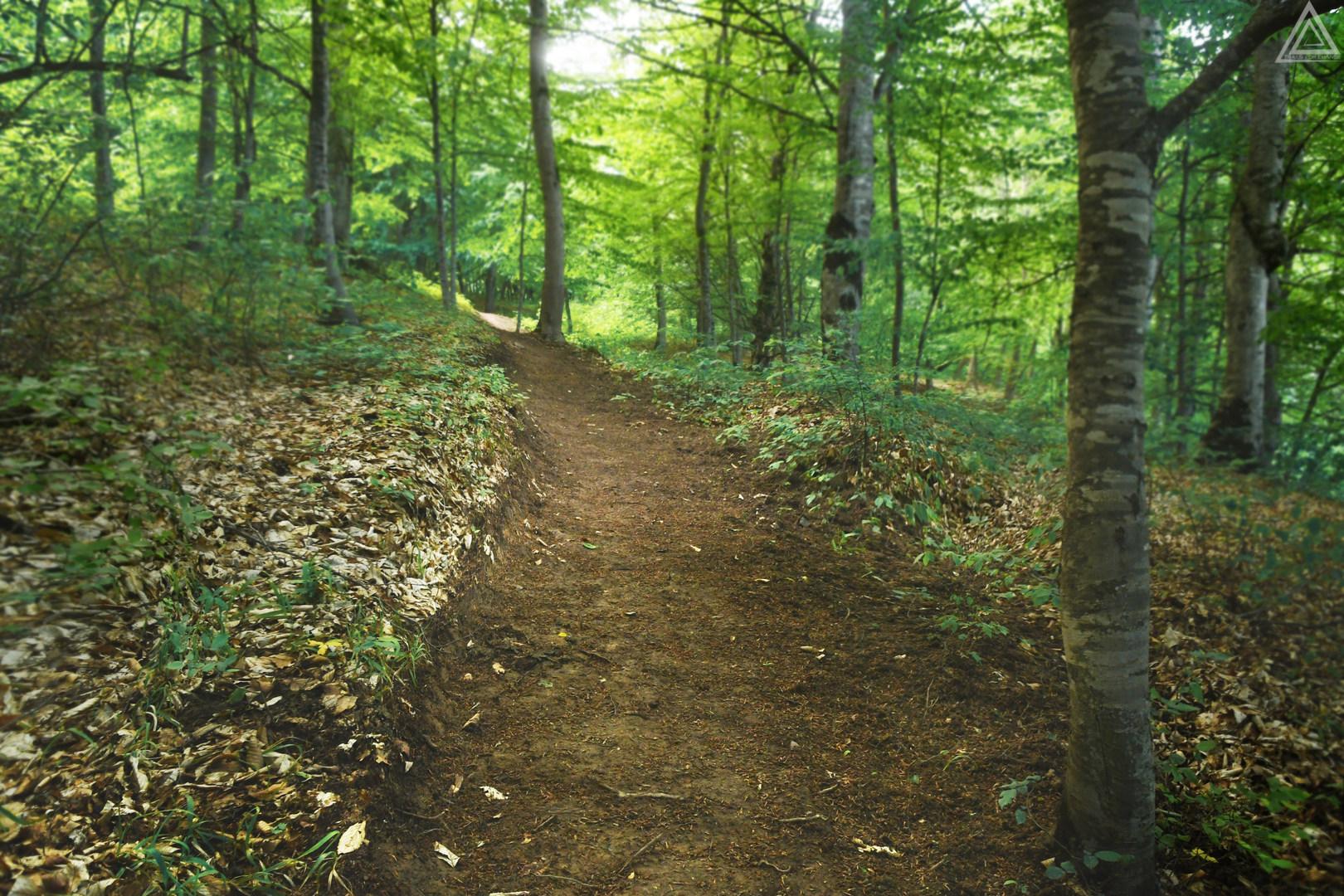 hiking trails in armenia.jpg