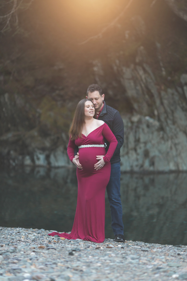 juneau alaska maternity photographer
