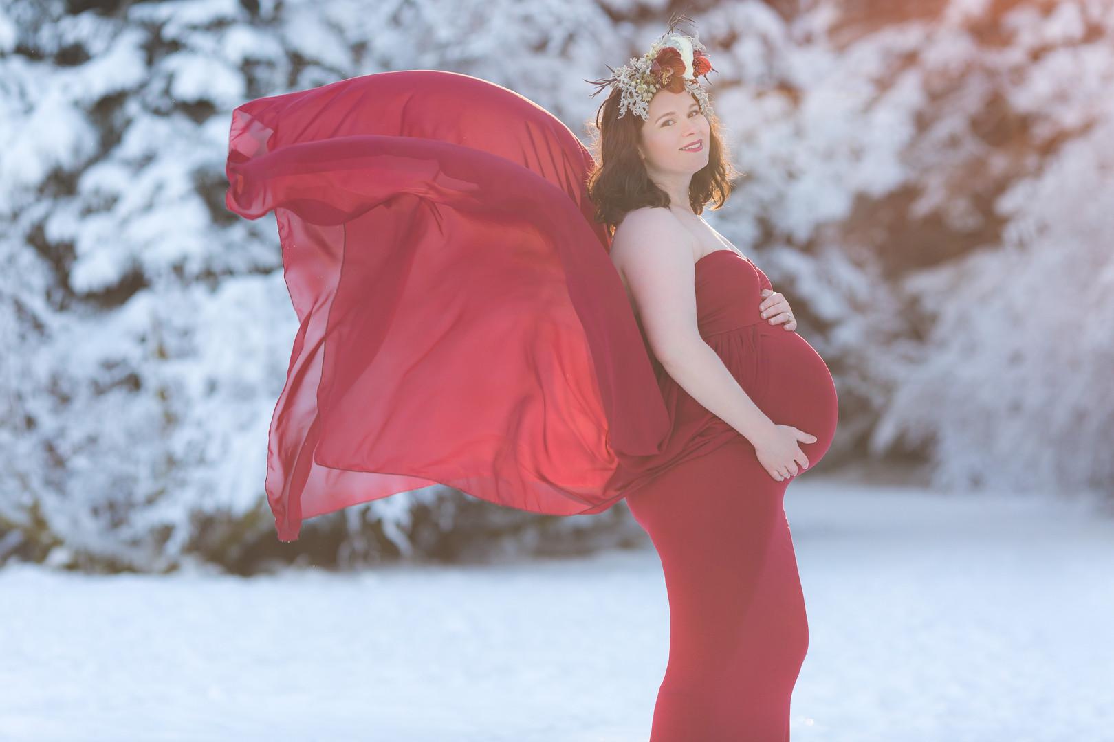 juneau alaska maternity portraits
