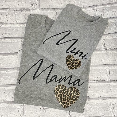 Mama <3 Sweater