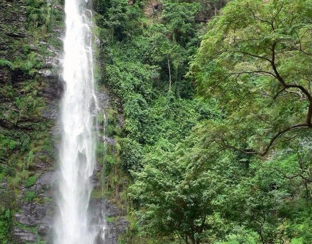 Kintampo Falls long view
