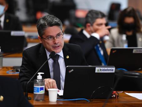 Senador Alessandro quer universalização das vacinas contra Covid-19