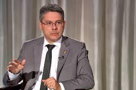 Senador Alessandro Vieira protocola pacote contra a corrupção