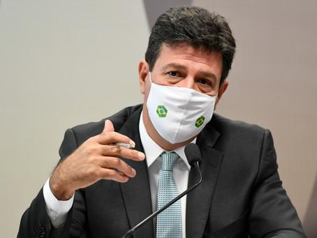 Mandetta afirma que Planalto driblou aval científico para comprar cloroquina