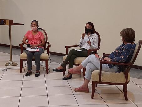 Desarrollo integral de las mujeres rurales y cooperativistas de El Salvador.