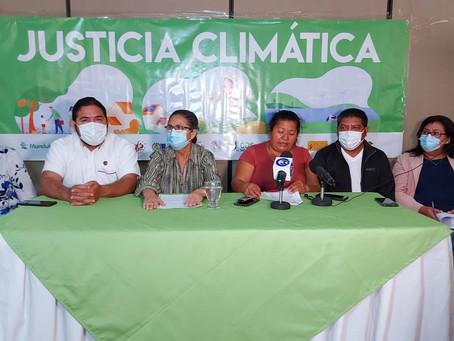 La Mesa por la Justicia Climática se pronuncian sobre los 2 años del gobierno de Bukele.