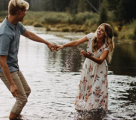 Chelsea Jessop photography Summer natural light couple portrait nature photograph in lake; engagements
