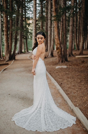 Chelsea Jessop photography Natural light bridal photo in woods