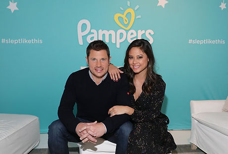 xnick-and-vanessa-lachey.jpg,qModPagespeed=offa.pagespeed.ic.u10_qQLUNE.jpg