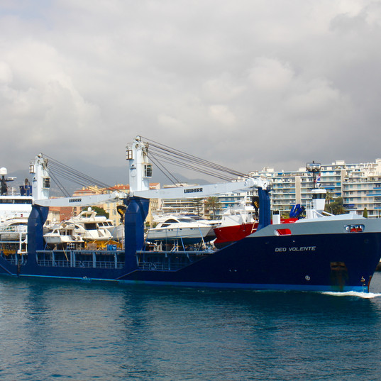 Starclass Yacht Transport in Nice with Deo Volente