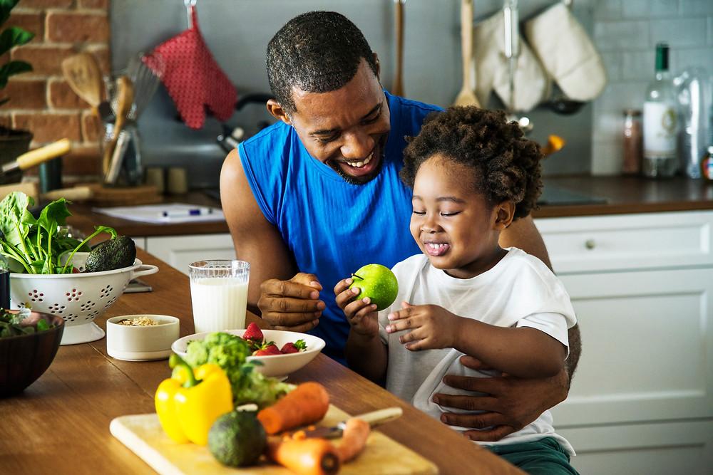 modeling good food behavior for kids