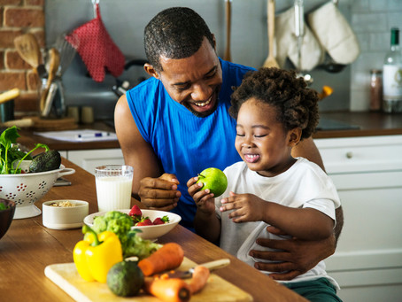 7 Food Behaviors to Model in the Home