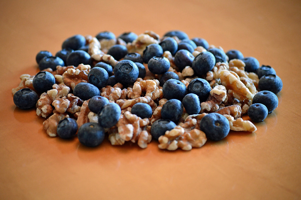 blueberries and walnuts part of sirtfood diet