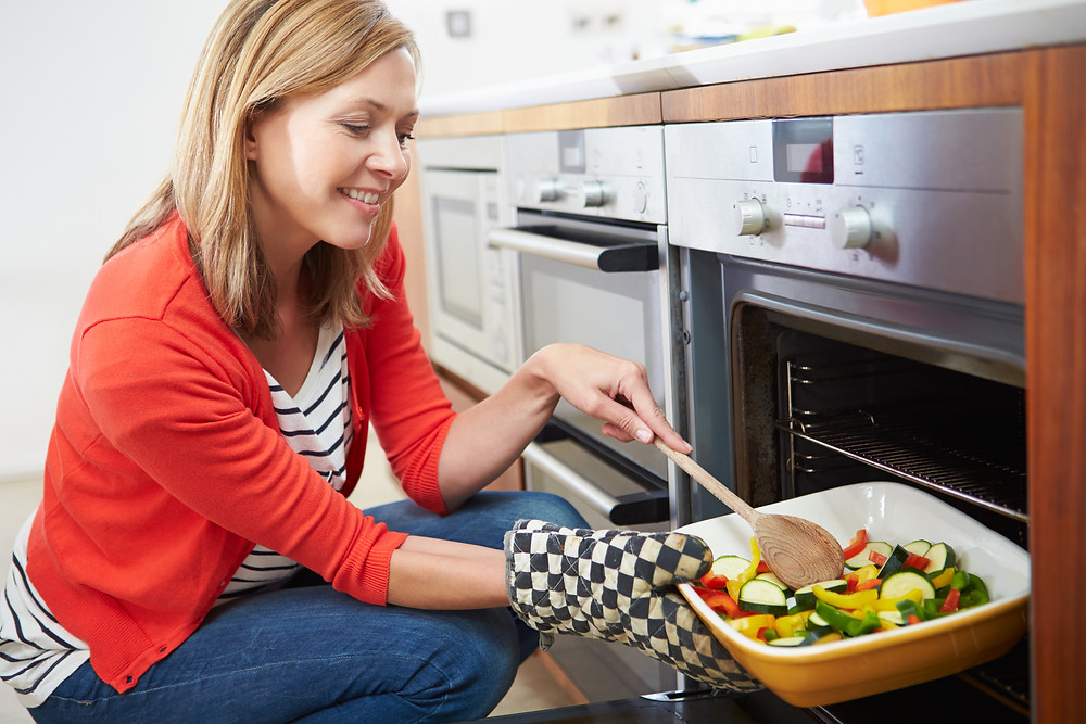 Cook at home to save health and money