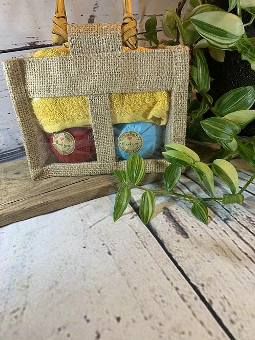 Bathbomb and Flannel Set