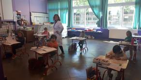 MARDI 12 MAI : une école qui reprend après 56 jours de confinement.