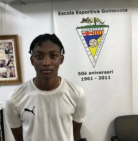 Barrie Player Joins Spanish Club E E Guineueta