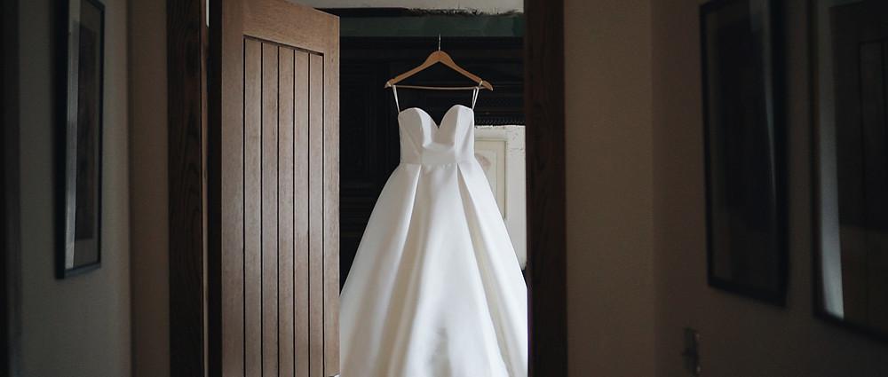 Wedding Dress | West Sussex wedding videographer | Ground Films