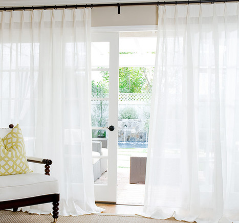 Sheer Curtain in White