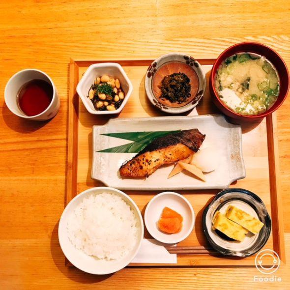 茅乃屋restaurant