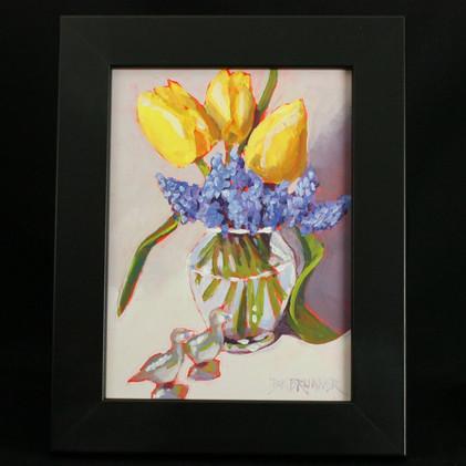 Yellow Tulips and Grape Hyacinths_2