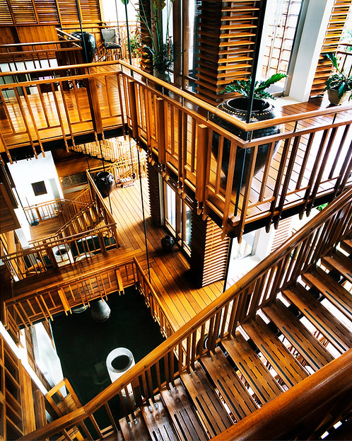 Singapore Staircase