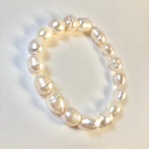 Water Pearl Bracelet - Size 7.5