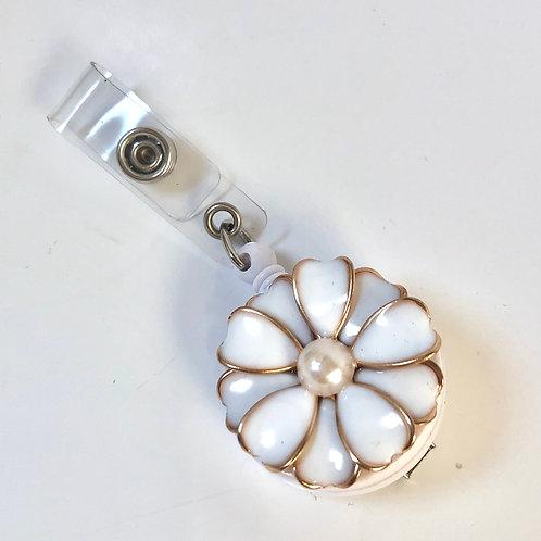 White/Gold Flower Retractable ID Badge Holder