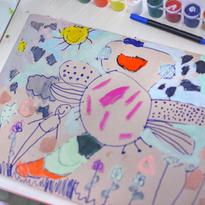 Стрекоза -детский рисунок в смешанной техники