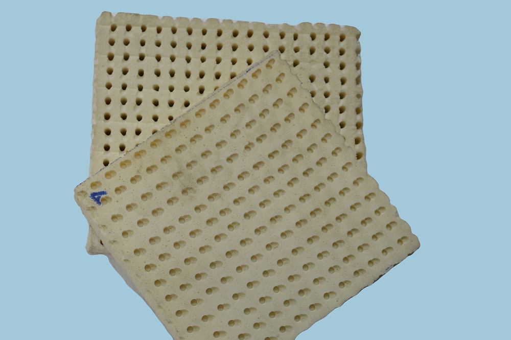 Pin-core rubber sheet