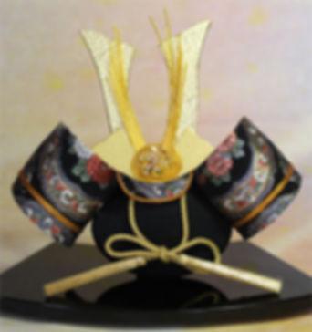 kabuto clam shell doll