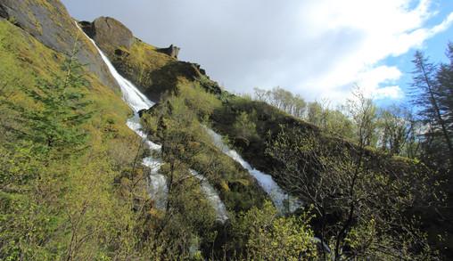 Systrafoss (Kirkjubaejarklaustur), Islande