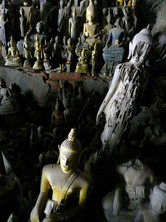 Pak Ou, Laos