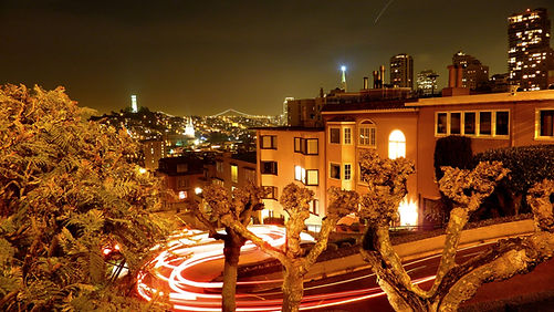 photographe francais french photographer travel photography photographie voyage cityscape city street architecture road route cityscape city night nightscape long exposure lombard street califonia californie san francisco lombard street