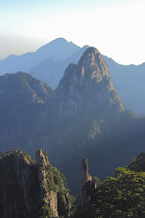 photographe francais french photographer travel photography photographie voyage landscape paysage paysaje montagne montagnes mountain mountains nature peak peaks yellow huangshan chine china holly sacred