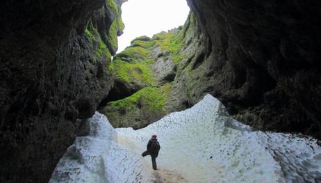 Rauðfeldsgjá, Iceland