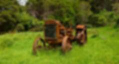 photographe no filter francais parisien parisian photographer travel traveler photography photographie french voyage voyageur angle home tour brice retailleau quintessence de voisinage bright website backpack life backpacker beauty best composition perspective pure light colorful colourful couleurs scenic view point of de vue viewpoint trip tour du monde around the world earth wonderful beautiful gorgeous amazing journey destination tourisme tourism backpacking , été summer outdoor outdoors hike hiking randonnée countryside campagne green old tractor tracteur new zealand nouvelle zelande queen charlotte track