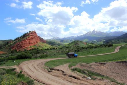 Jeti-Ögüz, Kyrgyzstan