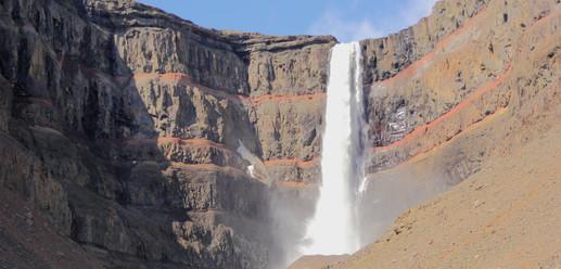 Hengifoss, Islande