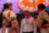 photographe francais french photographer travel photography photographie voyage people local portrait street locaux girls women costume vietnamese vietnam bac ha bacha market marché