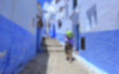 photographe francais french photographer travel photography photographie voyage light colorful colourful couleurs angle beauty composition perspective people local portrait street locaux blue city walls stairs old man cityscape morocco maroc maghreb chefchaouen old city