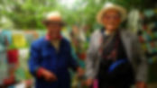 photographe francais french photographer travel photography photographie voyage people local portrait street locaux old men chinese flags china yunnan shangri la shangrila