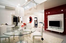 仮想ショールームで家具をアピールするプロモーションVR