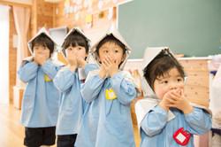 幼い子供を相手に避難誘導をするトレーニングVR