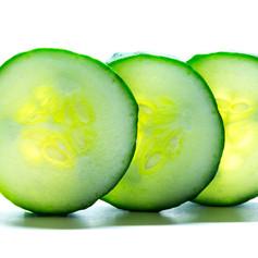 cucumber-3380690_1920.jpg